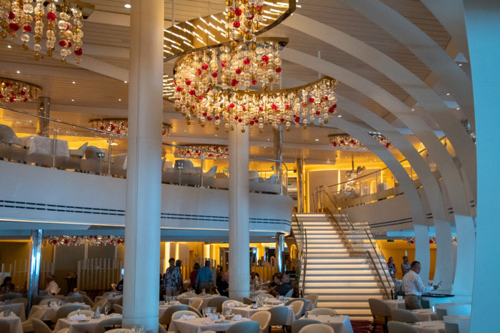The Koningsdam dining room